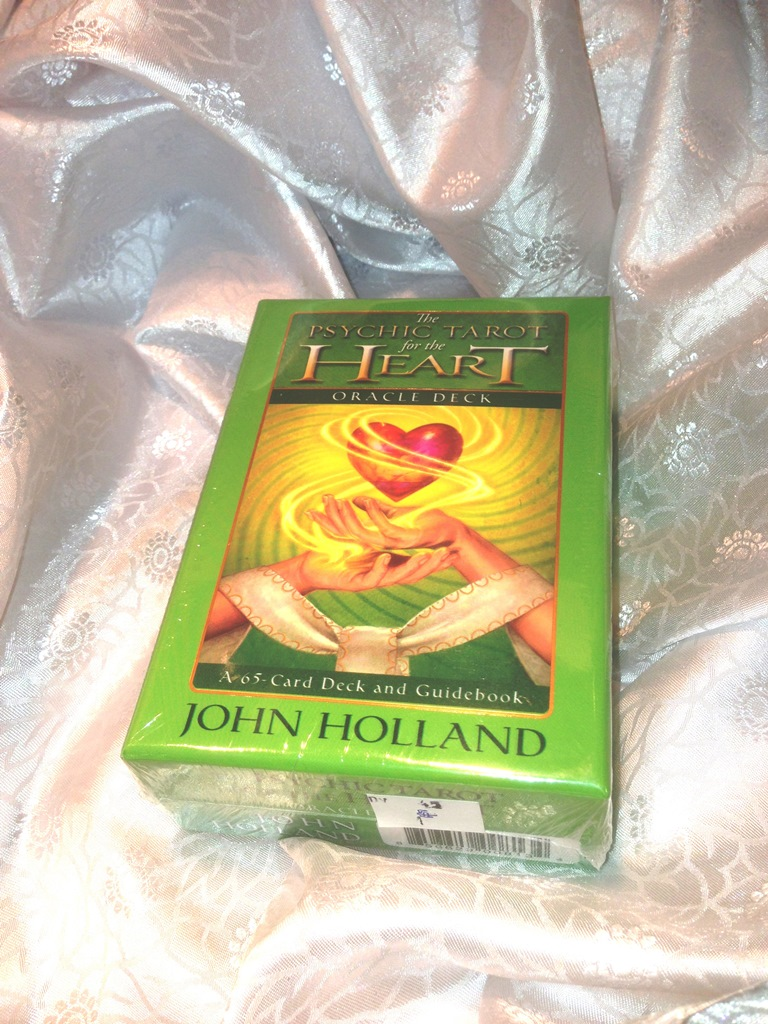 DV45 THE PSYSIC TAROT FOR TEH HEART ORACLE CARDS-£8