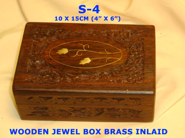 "S-4A WOODEN JEWEL BOX (5X7"")-£3.35"