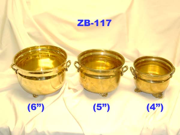 "B-117 BRASS PLANTER FOOTED SET OF 3 (5"",6"".7"")£19.50"